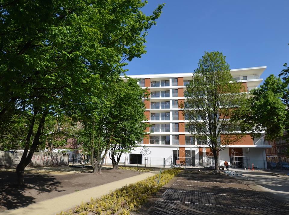 budynek Pułaskiego Park- zdjęcie 1